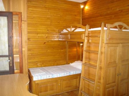 2009BGAsiabedroom1