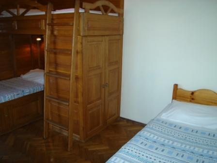 2009BGAsiabedroom2