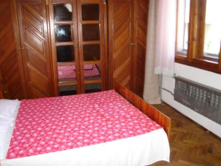 2009BGAsiabedroom3